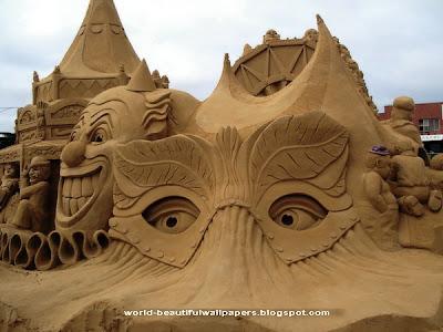 http://1.bp.blogspot.com/-b1CA5TR_HYg/UTEB4tkUyBI/AAAAAAAAEO0/pQEe1xjxNA4/s400/Sand+Sculptures+wallpapers+1.jpg