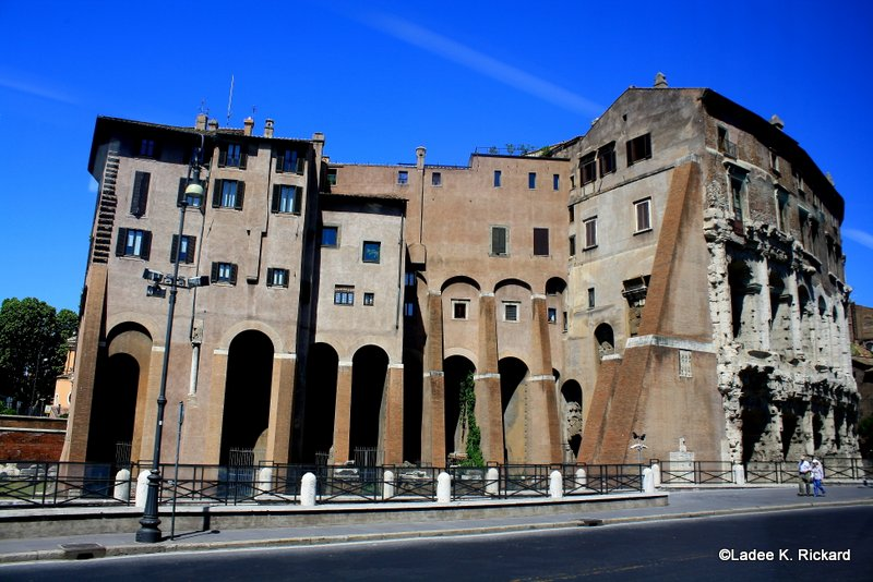 Ladee S Travels Rome Italy San Nicola In Carcere And Theater Of Marcellus