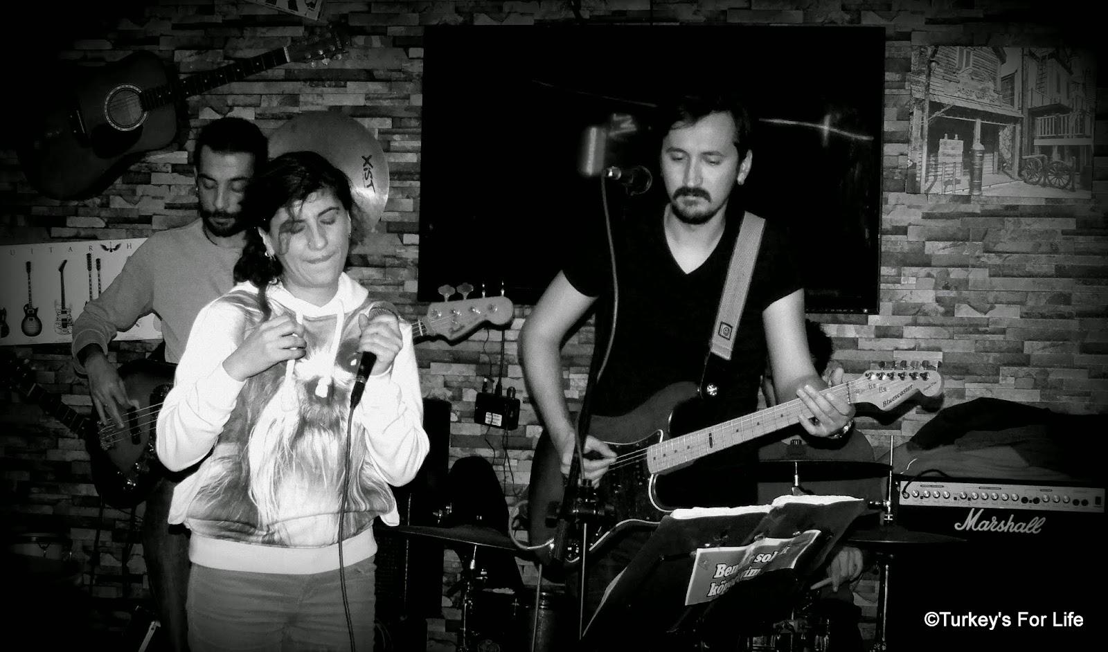 Live Music In Fethiye - Deep Blue Bar, Paspatur