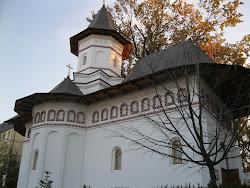 Biserica cu hramul Sf. Apostol Andrei si Sf. Ierarh Nectarie