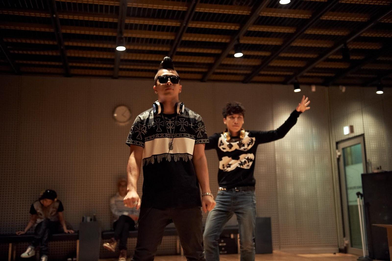 Taeyang  Photos Bigbang-soul-by-ludacris-headphones-bigbangupdates.com-9