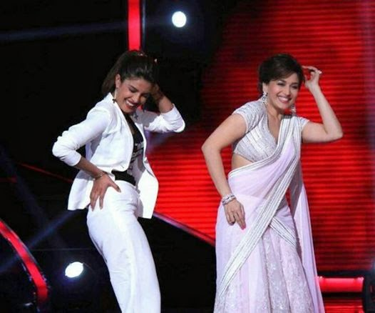 Priyanka Chopra on the set of Jhalak Dilkala Jha to promote her movie