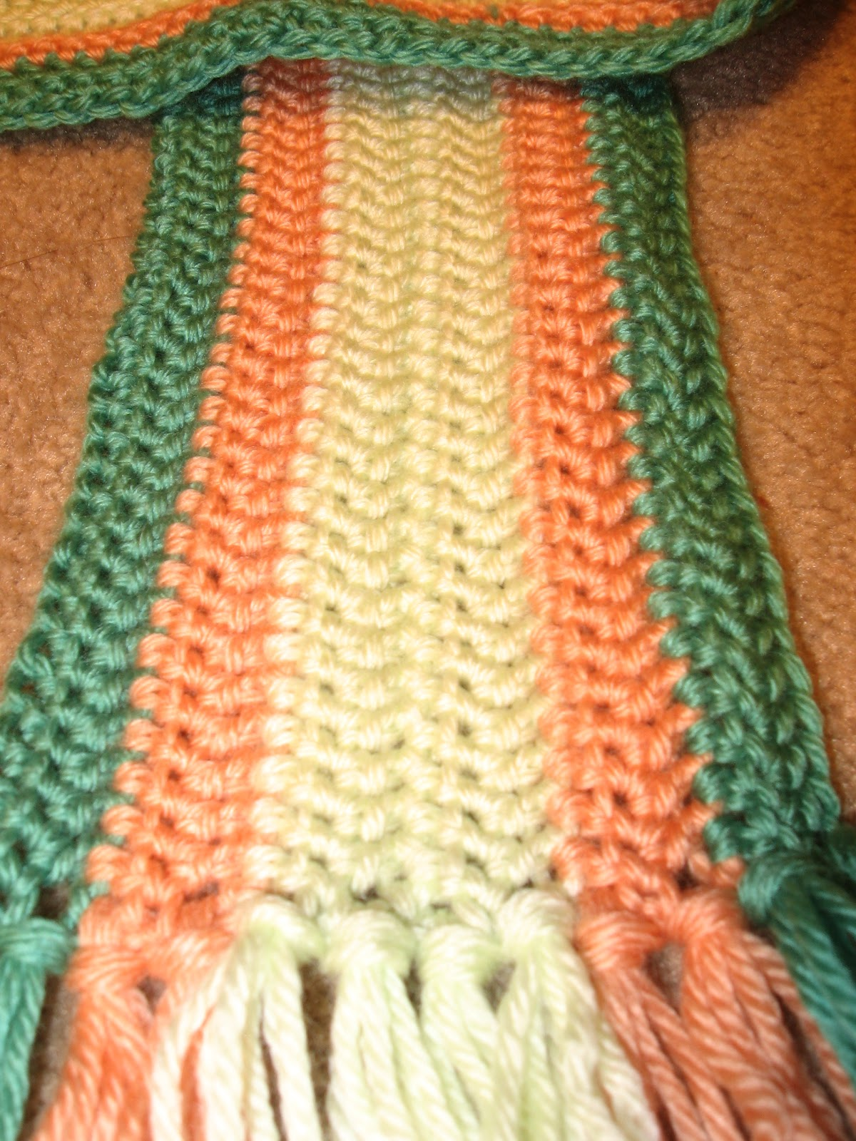 Crochet Scarf Pattern Vertical Stripes : Crafting Adventures: Vertical Stripe Scarf