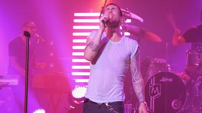 Koleksi Gambar Vokalis Maroon 5 Ukuran Besar