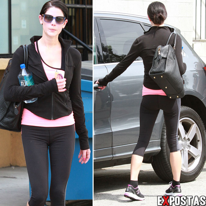 Ashley Greene chegando/deixando academia em Los Angeles - 20 de Março de 2013