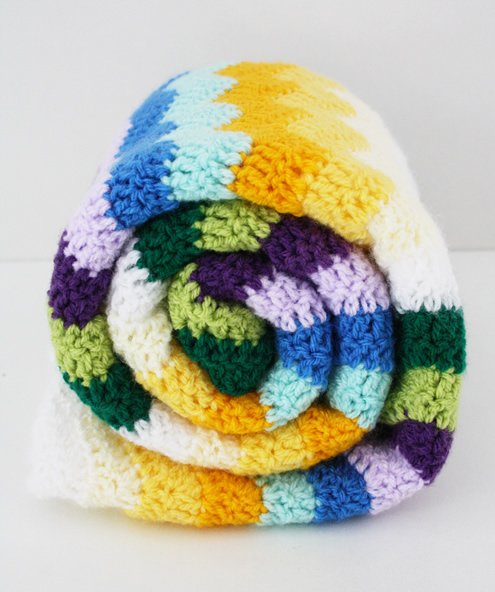Crochet baby blanket: ripple stitch