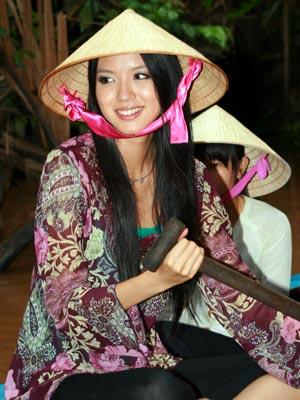 gai mien Tay, Vẻ dễ thương của những cô con gái miền Tây