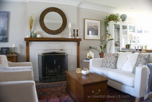 Wicked_and_weird_living_room_fireplace_sideboards