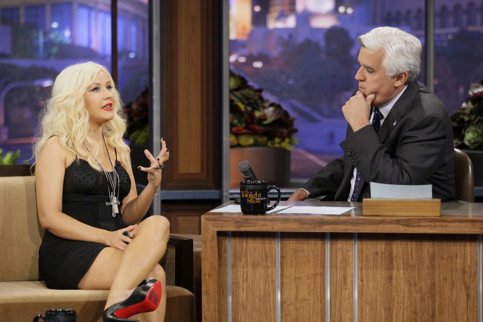 http://1.bp.blogspot.com/-b2E8JRHPEdw/UTJWDZeRhlI/AAAAAAAA1uE/A3GOvTgTMkM/s1600/jay-leno-Christina-Aguilera.jpg