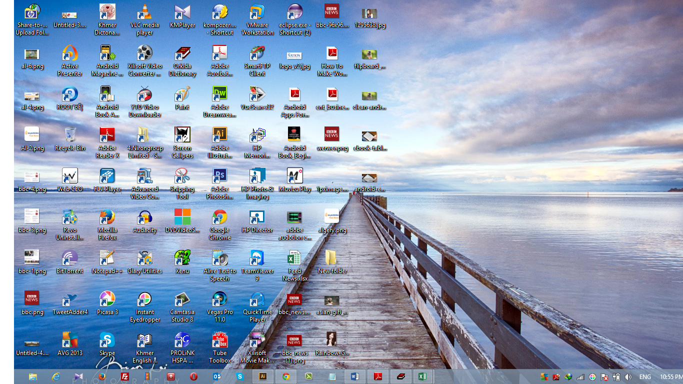 Look at my desktop It was so full of items