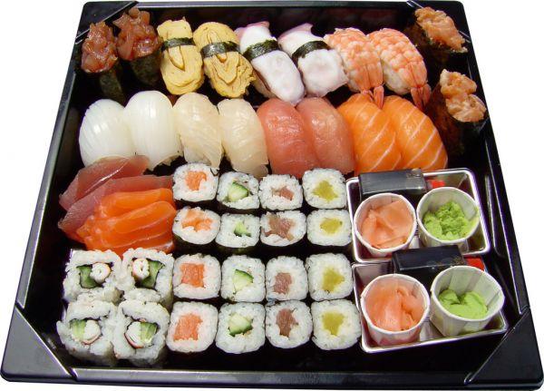 Notre revue parle de vous les sushis comment les for Poisson japonais nourriture