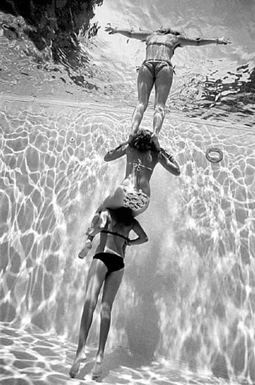 three girls balancing act damion berger