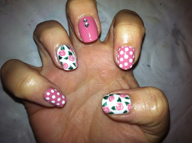 Cute simple pink white nail art