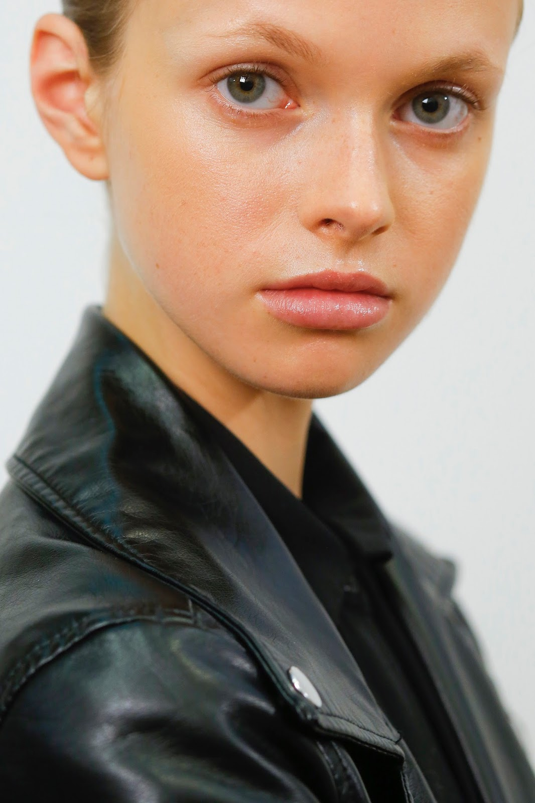 Beauty, face, model, skin, dewy, minimal makeup
