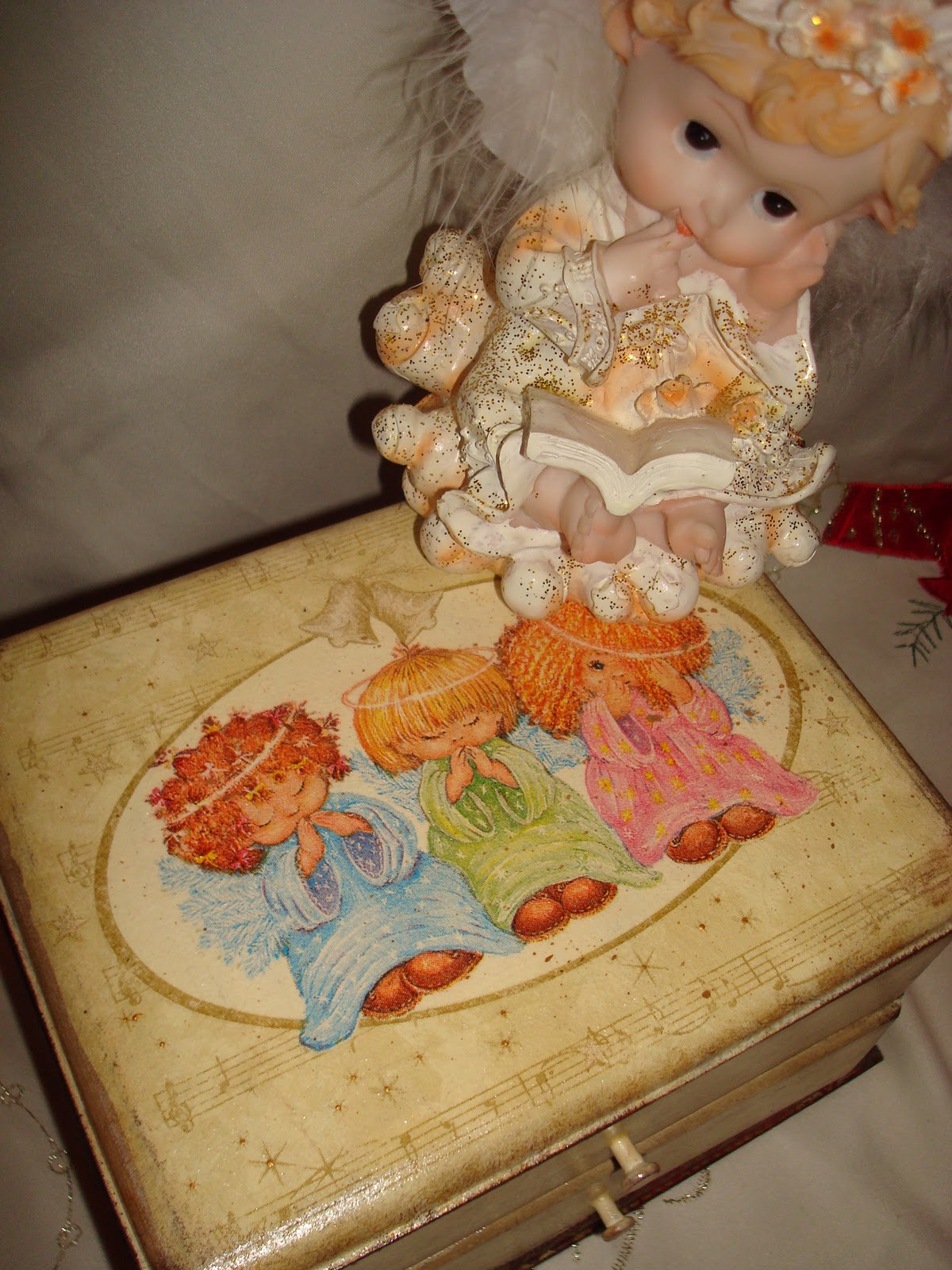 Шкатулка с ангелами своими руками