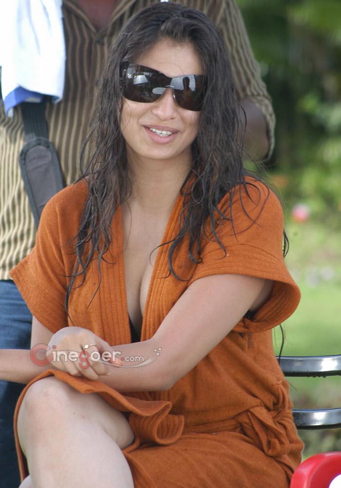 Lakshmi Rai New Hot Photoshoot Photo's