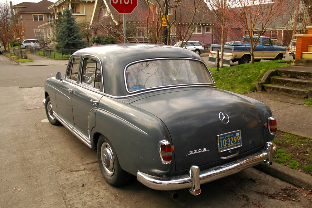 Old parked cars 1958 mercedes benz 220s for 1958 mercedes benz 220s for sale