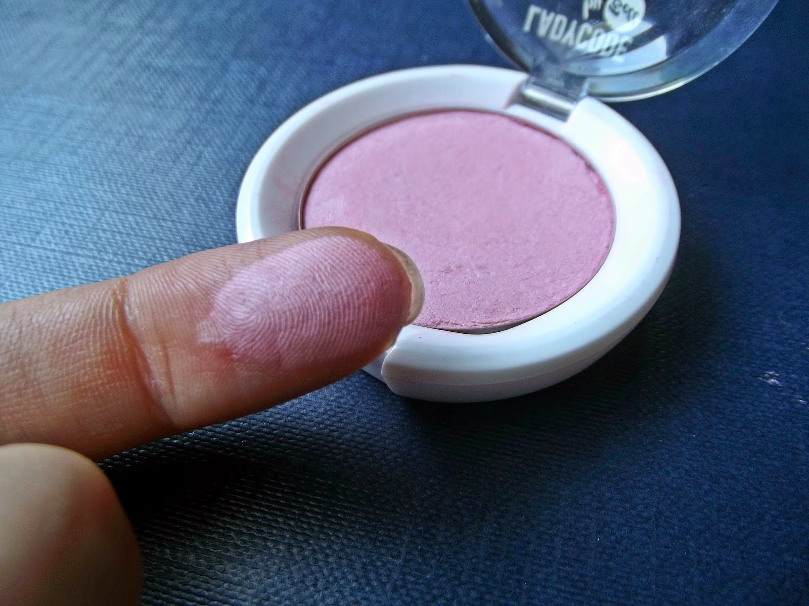 Róż BELL - Luminous skin