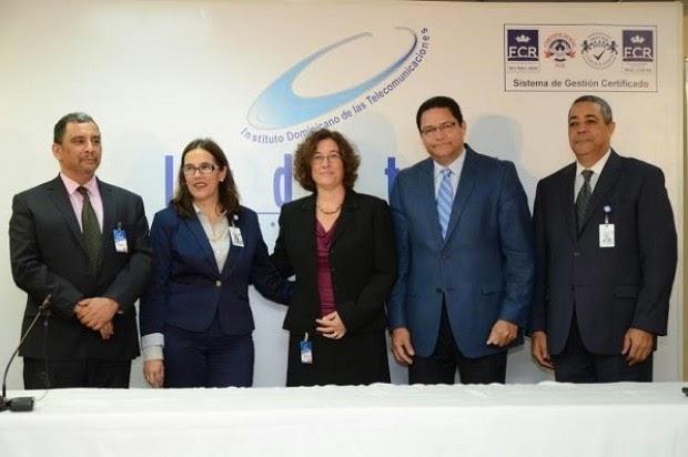 """El Instituto Dominicano de las Telecomunicaciones (Indotel) anunció este lunes la creación de una comisión que """"estudiará a fondo la estructura de precios y de costos del internet en la República Dominicana""""."""