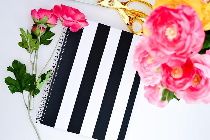 DIY Kate Spade Notebooks can't be easier! #diy #glam #KateSpade #notebooks #easy