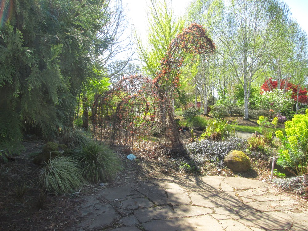 Oregon Garden, Silverton (Spring 2014) | Oregon Gallery