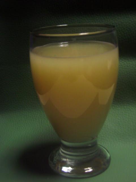 Agua de Guayaba - lacocinadeleslie.com