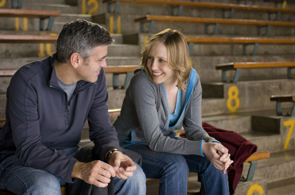 George Clooney and Vera Farmiga in Up in the Air