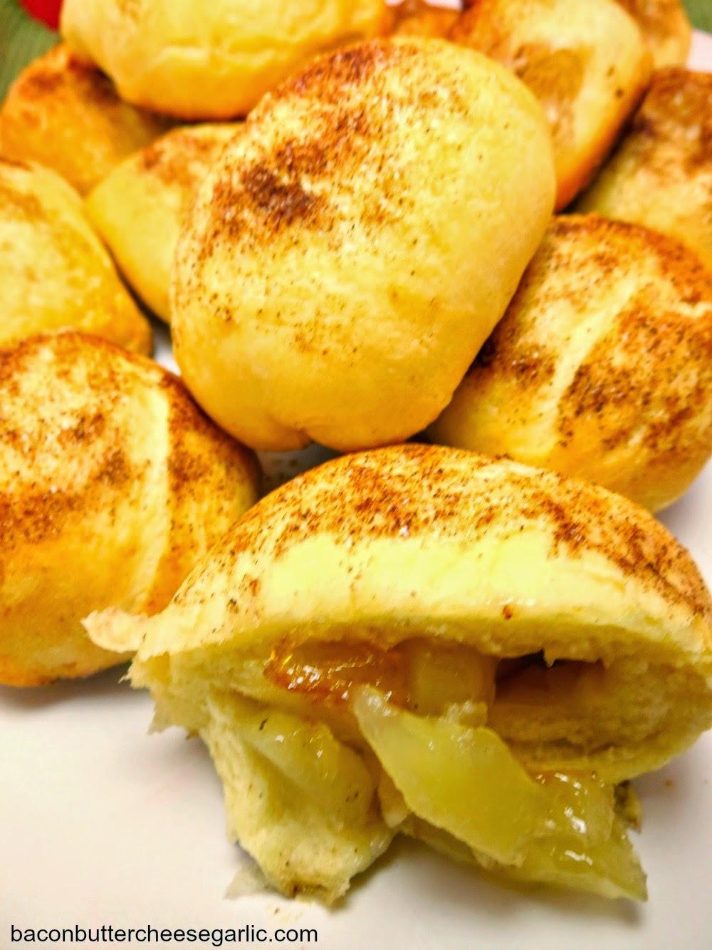 Apple Pie Biscuit Bombs