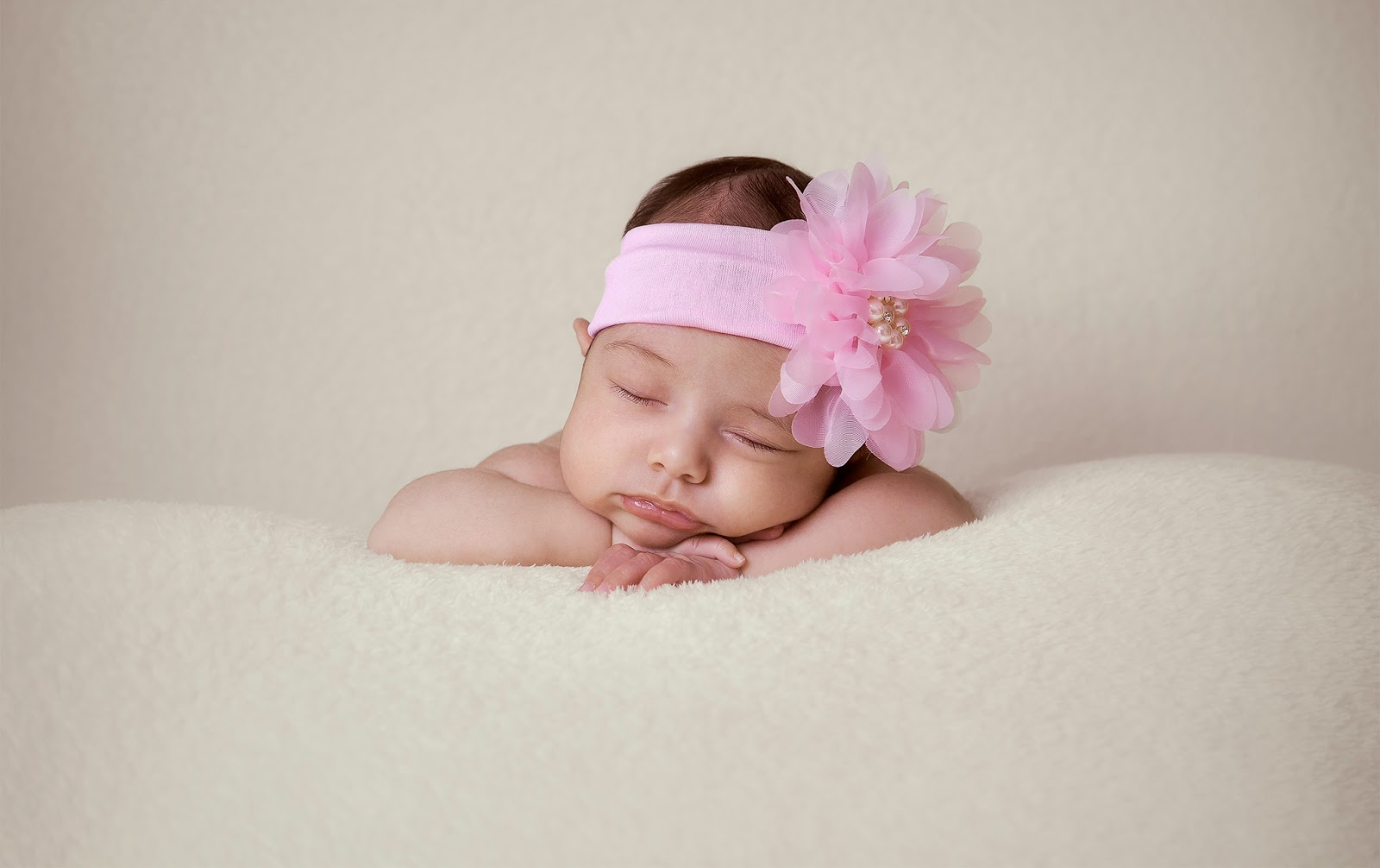 Laura-Newborn-Cleber Carvalho-Baby-Recén Nascido