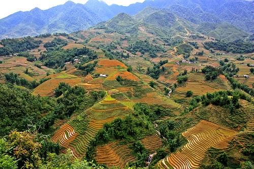Motorcycling Northern Vietnam 2