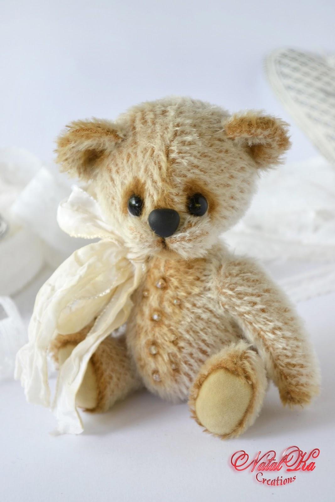 Авторский мишка тедди ручной работы от NatalKa Creations. Artist teddy bear handmade by NatalKa Creations.