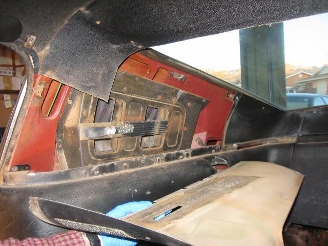 Fastback interior trim