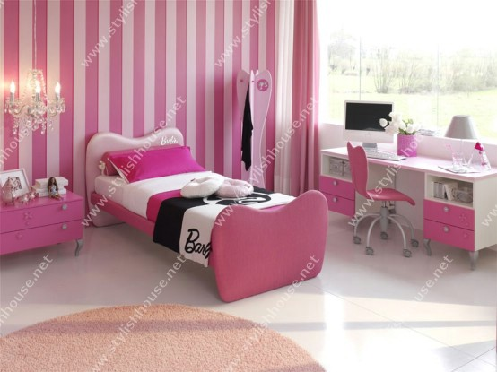 Gorgeous pink bedroom for young girls