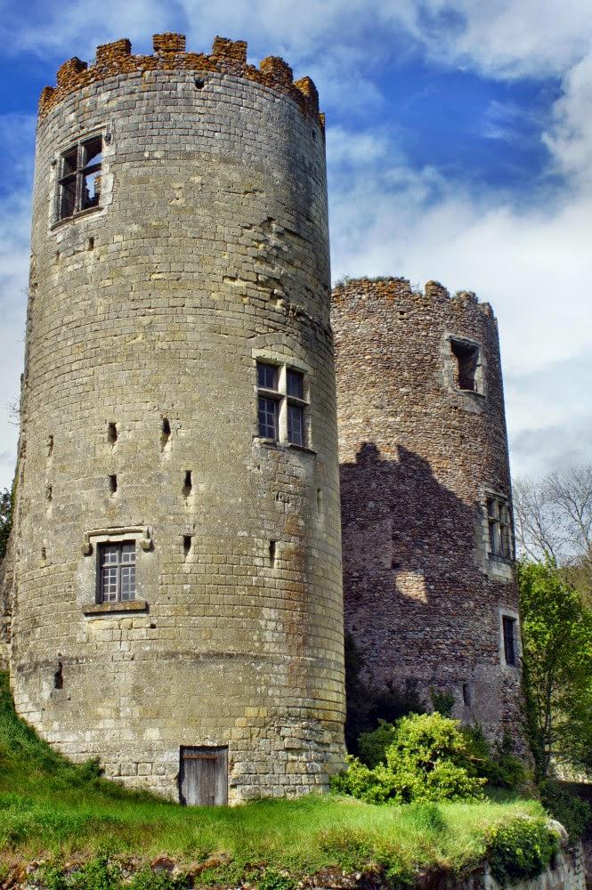 Zamki nad Loarą - Zamek malarzy - baszty