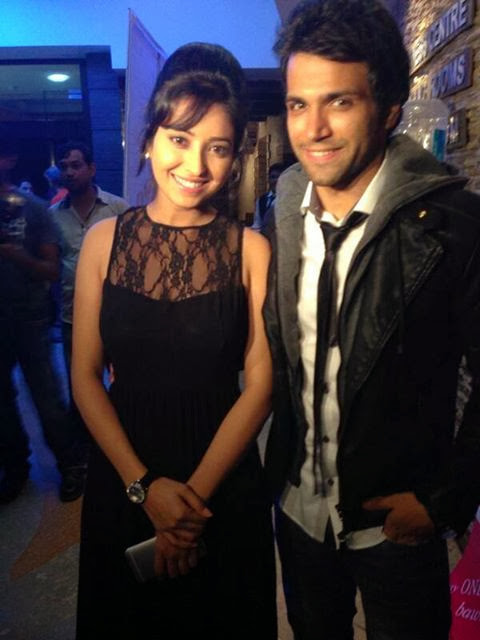 Rithvik Dhanjani & Asha Negi Couple HD Wallpapers Free Download