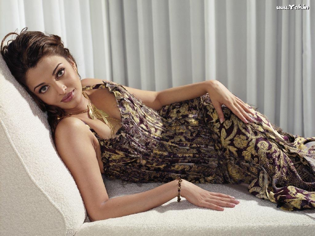 Aishwarya rai bikini apologise, would