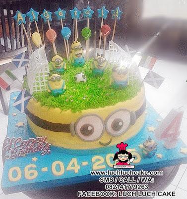 Kue Tart Minion Main Bola Daerah Surabaya - Sidoarjo