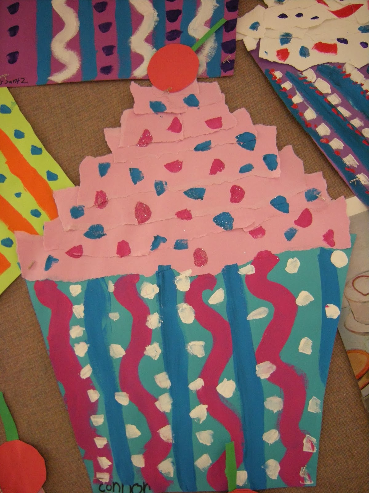 Cupcake Art Lesson : Artolazzi: Wayne Thiebaud Cupcakes