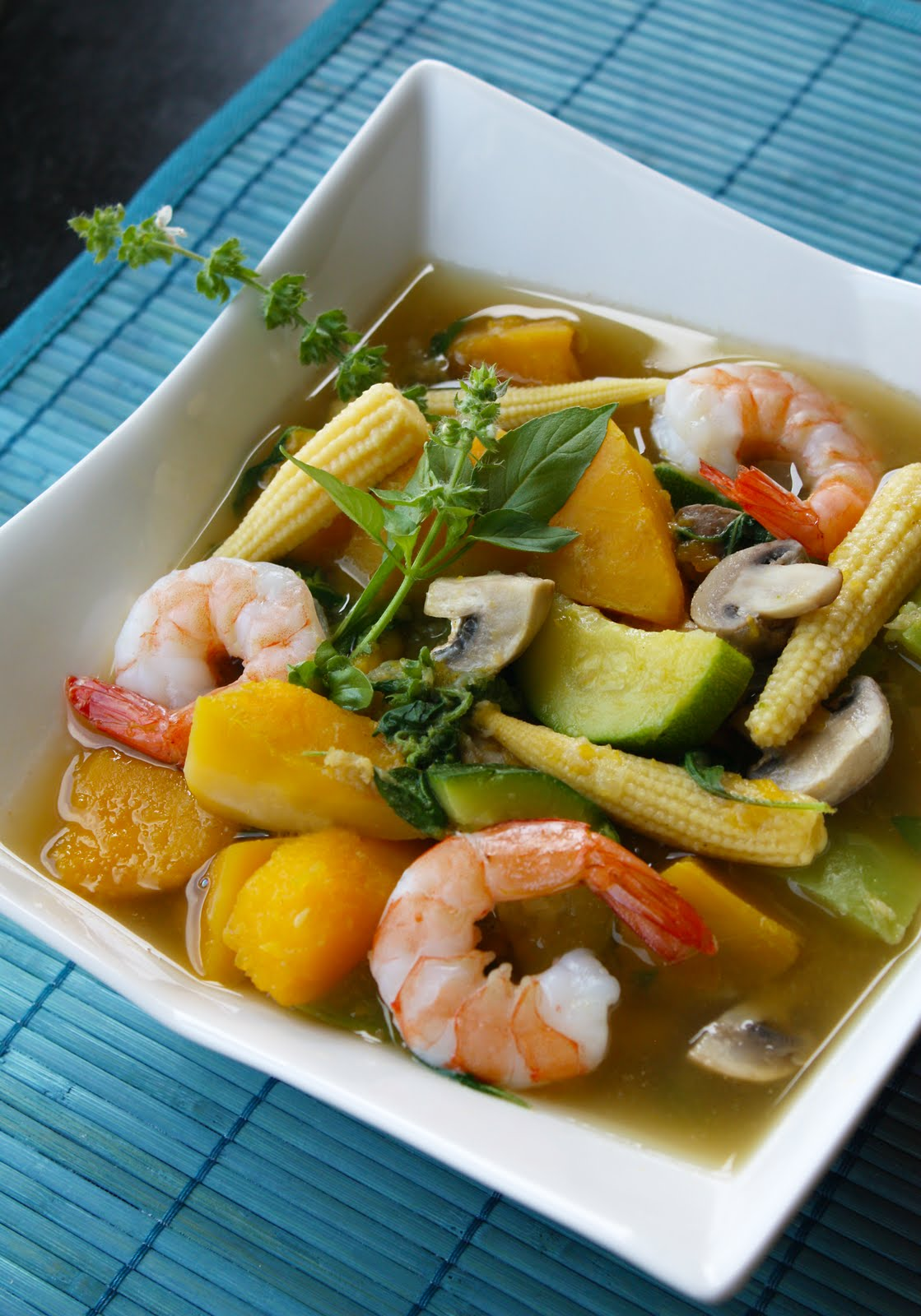 Thai Spicy Mixed Vegetable Soup – Kaeng Liang ...
