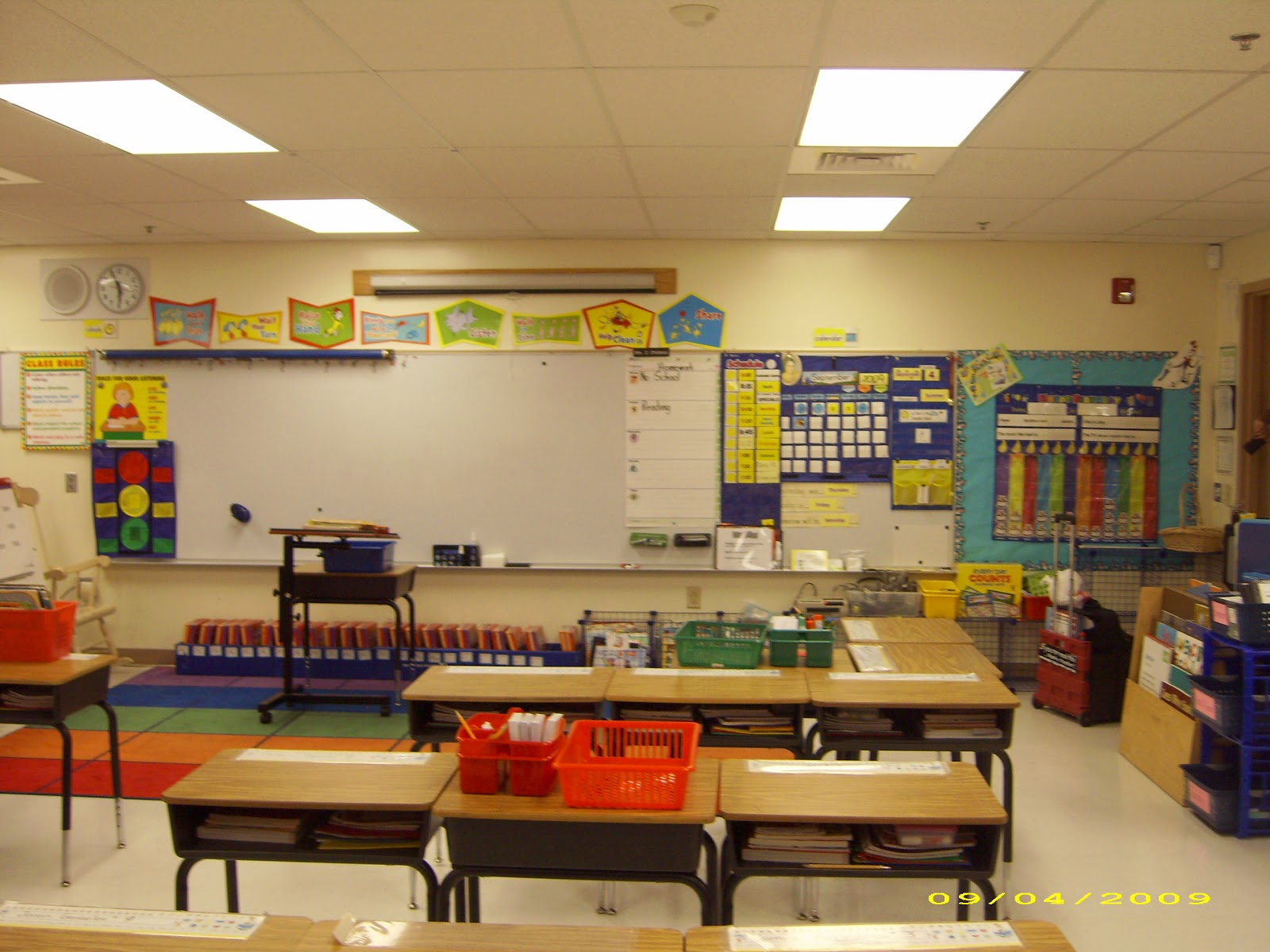 Classroom Setup Ideas For Second Grade : Just teachers sharing across borders schools out nd