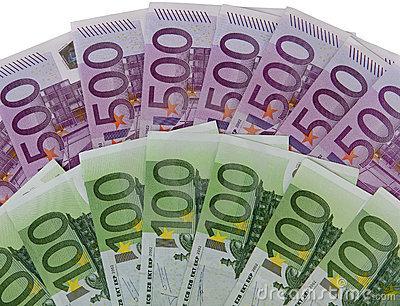 Idosa destrói euros para não deixar dinheiro aos herdeiros