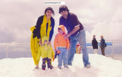 Nida Yasir Family http://celebritiescouples.blogspot.com/2011/04/nida-yasir-with-daughter.html