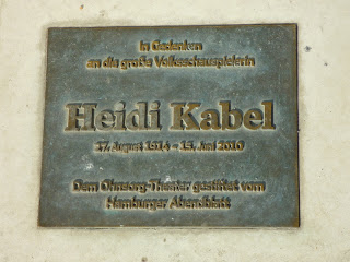 Placard in memory of Hamburg's acress Heidi Kabel