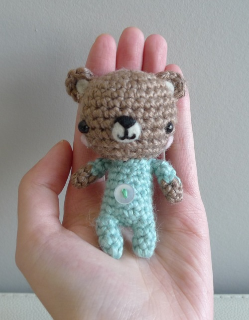 All Free Amigurumi Patterns : 2000 Free Amigurumi Patterns: Baby P.J. Teddy Amigurumi ...