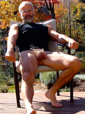 mature bear - hairy mature gay men