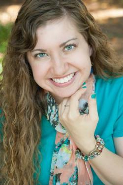 Rachelle Rea, debut author