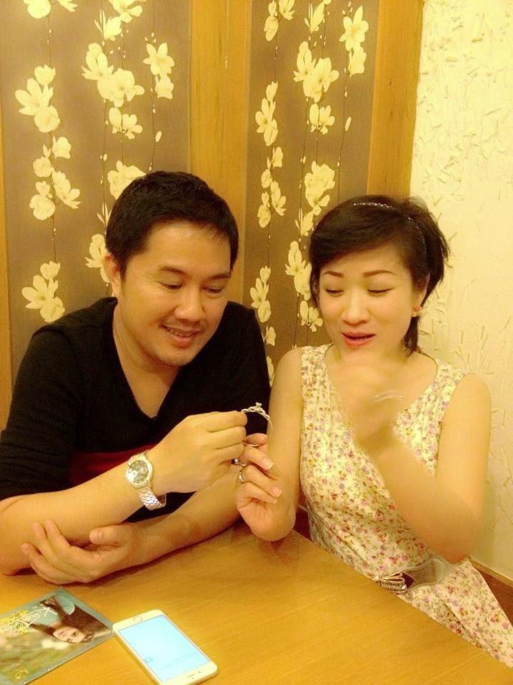 Bầu Hòa làm động lòng cộng đồng khi trao trả lắc  kim cương trị giá 600 triệu