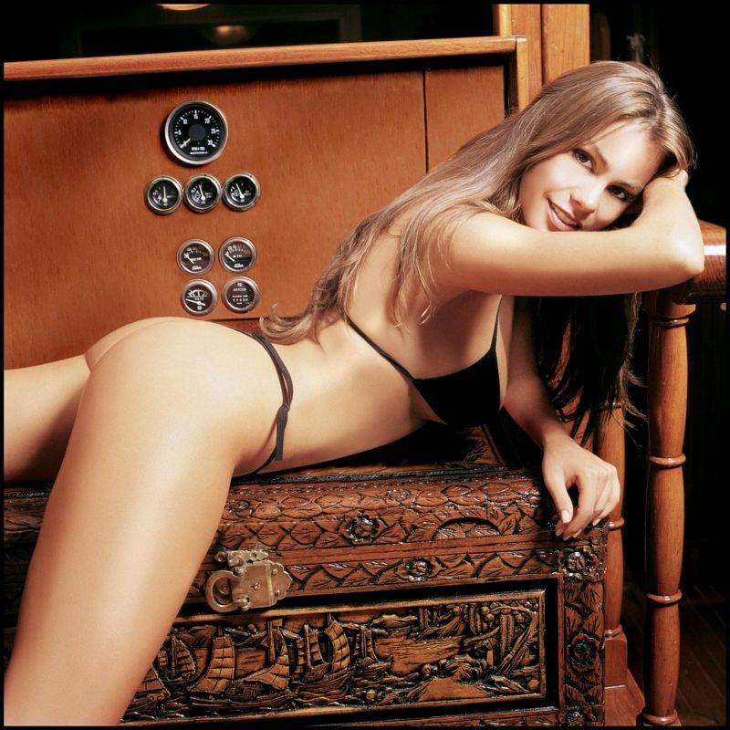 фото безплатне еротичне голиx дiвчат