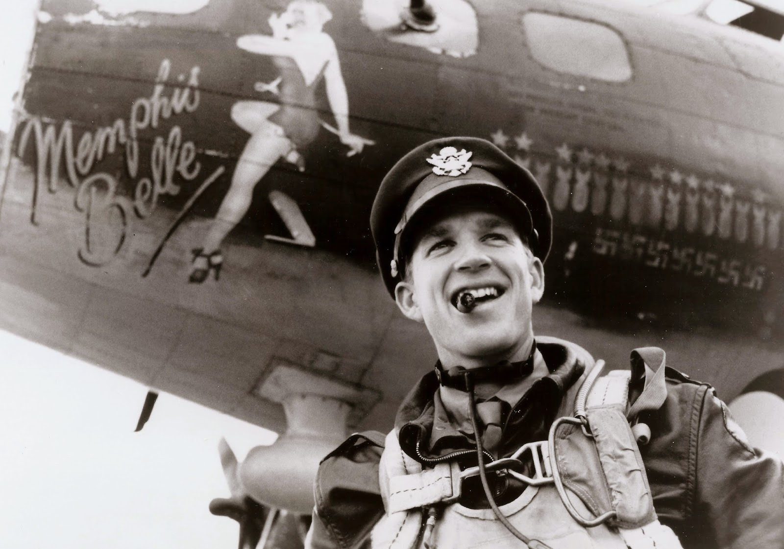 Adventures In The Arts Remembering The Memphis Belle