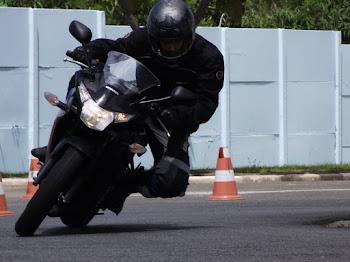 Thiago Zuliani com a Honda CBR 250.